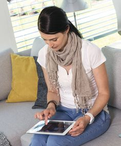 Smart & safe home with #weberlogic. Control and monitor. Mit dem #ipad die Haustechnik steuern.