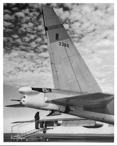 B52 Bomber, Strategic Air Command, B 52 Stratofortress, Gun Turret, Boeing Aircraft, Military Pictures, Civil Aviation, Us Air Force, Military History