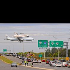 Incredible photo of space shuttle coming home!