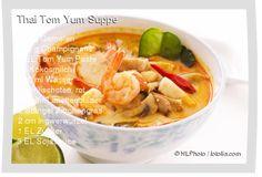 Leckeres Thai Tom Yum Suppe Rezept mit einfacher Schritt-für-Schritt-Anleitung: Chilischoten und Ingwer fein schneiden , Zitronengrasstängel mit dem Mes...