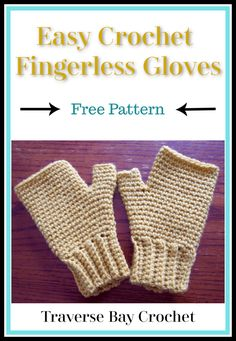 Make these simple crochet fingerless gloves, great for a beginner! They work up quickly with this free fingerless glove crochet pattern! Crochet Fingerless Gloves Free Pattern, Fingerless Gloves Knitted, Mittens Pattern, Beanie Pattern, Crochet Hand Warmers, Simple Crochet, Crochet Scarves, Crochet Shoes, Crochet Patterns For Beginners