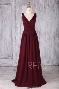 Bridesmaid Dress Burgundy V Neck Chiffon Prom Dress Long Backless Formal Dress (. - Bridesmaid Dress Burgundy V Neck Chiffon Prom Dress Long Backless Formal Dress – Brautjungfer Kleid Wein Chiffon-Kleid Brautkleid Source by reitermaria – Open Back Prom Dresses, V Neck Prom Dresses, Modest Dresses, Evening Dresses, Formal Dresses, Long Dresses, Maxi Dresses, Dance Dresses, Fashion Dresses