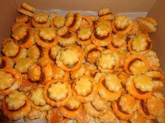 Fotorecept: Slané pečivo Macaroni And Cheese, Shrimp, Vegetables, Ethnic Recipes, Food, Nordic Interior, Basket, Rezepte, Mac Cheese