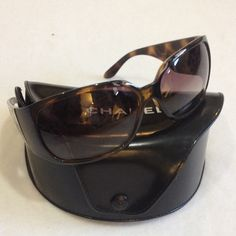 CHANEL tortoise brown sunglasses MAKE AN OFFER These have been worn a lot , several scratches , left bottom lense is scratched , these scratches do not hinder vision ,frame is in good condition , some of the bling on the side have come off ,  sunglasses Still available usable , price reflects damage , LOOK AT ALL pictures before purchasing CHANEL Accessories Sunglasses