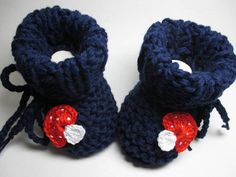 Hand knitted baby shoes cotton knitted baby shoes knitted baby