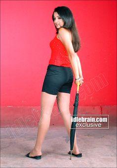 Most Beautiful Bollywood Actress, Bollywood Actress Hot Photos, Indian Bollywood Actress, Bollywood Girls, Beautiful Indian Actress, Beautiful Actresses, South Indian Actress Hot, Indian Actress Hot Pics, Hot Actresses