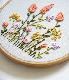 """1,457 Me gusta, 14 comentarios - Embroidery Hoop Art (@koddi.store) en Instagram: """"it's almost winter, but this summer pattern remains one of your favorites! 🙈 I'm sure this…"""" Handmade Embroidery Designs, Hand Embroidery Patterns Flowers, Basic Embroidery Stitches, Simple Embroidery, Modern Embroidery, Pillow Embroidery, Embroidery Hoop Art, Penny Rug Patterns, Couture"""