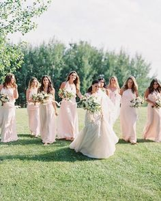 Stylish outdoor ranch wedding with blush bridesmaid dresses Amsale Bridesmaid, Pastel Bridesmaid Dresses, Beautiful Bridesmaid Dresses, Pink Bridesmaids, Pink Dresses, Pink Wedding Colors, Bridesmaid Inspiration, Bride Look, Wedding Goals