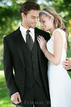 Calvin Klein Radnor Tuxedo | Diamond Collection 912 | Ellie's Bridal Boutique (Alexandria, VA)