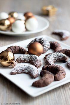 Es wird wieder weihnachtlich: aus dem wunderländschen Ofen kommen heute (Achtung, Überraschung!): Plätzchen. Ich hoffe ihr mögt dieses kleine, typisch weihnachtliche Gepäck genauso sehr wie... - weiter lesen -