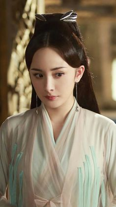 Yang Mi Three lives three worlds Ten miles of peaches blossoms Dramas, Eternal Love Drama, Third Kamikaze, Wedding China, Chines Drama, Ballet Photography, Peach Blossoms, Oriental Fashion, Historical Pictures