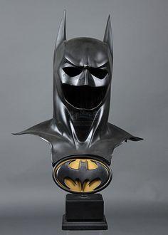 Batman Arkham, Batman Art, Batman And Superman, Comic Movies, Comic Book Characters, Val Kilmer, Cool Masks, Batman Universe, Art Model