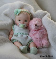 Polymer Clay mini baby doll reborn sculpt ooak