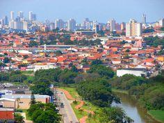 Imagens do Rio Sorocaba que corta a cidade...