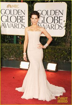Kate Beckinsale always looks perfect at every Red Carpet function... dreamy dress, perfect hair and make up, LOVE!  #GoldenGlobes2012RedCarpet