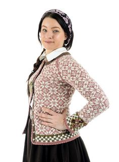 Ravelry: Ingrid pattern by Helle Siggerud Fair Isle Knitting Patterns, Sweater Knitting Patterns, Double Knitting, Hand Knitting, Sustainable Clothing, Knit Fashion, Slow Fashion, Knit Crochet, Crochet Tops