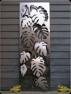 awsome laser cut 3D panels of Monstera (Philodendron). Check out more on www.logicalspace.com: