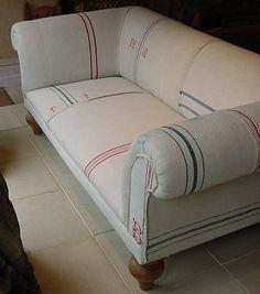 Replica Chesterfield Sofa