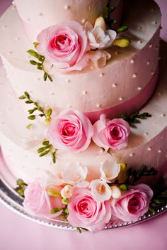 Pink jeweled cake & roses