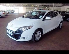2012 RENAULT MEGANE 3 1.6 EXPRESSION COUPE , http://www.cowleymotors.axloo.com/renault-megane-3-1-6-expression-coupe-used-parow-wca_vid_88126_rf_pi.html