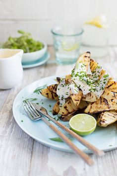 The most beautiful fluffy-on-the-inside, crunchy-on-the-outside chargrilled potatoes drizzled with a light horseradish, herb and caper dressing. Side Recipes, Light Recipes, Best Potato Wedges, Barbecue Recipes, Food 52, Potato Recipes, Side Dishes, Food Photography, Veggies