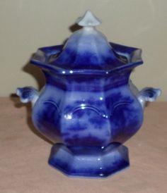 C.1850s Flowy Flow Blue China Oriental Pattern Staffordshire Covered Sugar Bowl