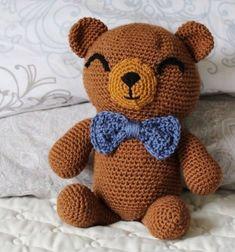 Sewrella: The Cuddliest Crochet Bear Lovey Cute Crochet, Crochet Dolls, Crochet Baby, Knitted Dolls, Crotchet, Single Crochet, Teddy Bear Toys, Cute Teddy Bears, Crochet Teddy Bear Pattern
