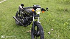 Top 10 Modified Yamaha RX 100 Motorcycles in India Yamaha Rx 135, Yamaha Bikes, Motorcycles In India, Racing Motorcycles, Madras Cafe, Bike India, Indian Road, Yamaha Parts, Headlight Covers