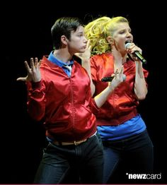 Actors/singers Chris Colfer (L) and Heather Morris of Fox TV's 'Glee' perform at The Gibson Amphitheater on May 20, 2010 in Universal City, California. (Photo by Kevin Winter/Getty Images)