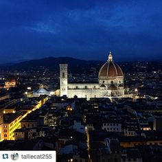 #Repost @talliecat255 Sometimes I forget how much I love being in Florence until I leave for almost 20 days then come back and see things like this  #florence #duomo #inlove #italy #notreadytoleave #duomodifirenze #nighttime #palazzovecchio #citylights #studyabroad #ispyapi #firenze #italia