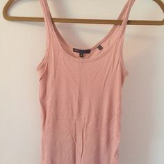 Simple Vince tank No flaws Vince Tops Tank Tops