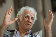 """""""Eu fiquei velho tem uma semana"""", diz Ziraldo Alves Pinto, referindo-se a seu aniversário de 85 anos, comemorado em 24 de outubro. """"A velhice é uma coisa que te acontece de surpresa. Demorou 85 anos para chegar, fiquei irremediavelmente velho."""""""
