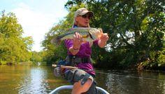 Rebekka Redd with a nice largemouth bass on the fly. Fly Fishing Girls, Fishing Stuff, Largemouth Bass, Environmentalist, Freshwater Fish, Fresh Water, Pretty Girls, Actors, Nice