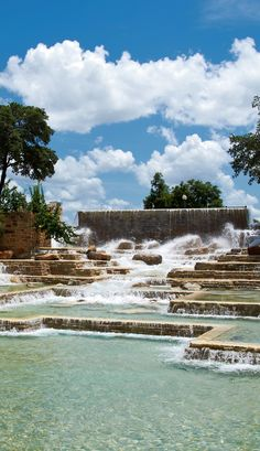 Wonderful San Antonio http://www.travelandtransitions.com/destinations/destination-advice/north-america/
