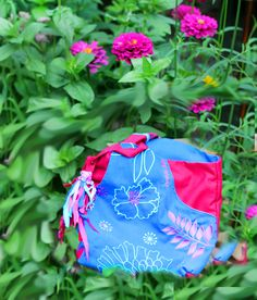 artistic bag FLORAL ART, embroidered with floral motifs