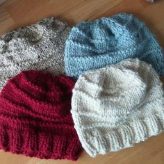 I've been working to get these new Heritage Slouchy Hats ready for these cold fall and winter days. They keep me toasty warm. Chunky Wool, Slouchy Hat, Beehive, Custom Items, Cold Weather, Wool Blend, Knitted Hats, My Etsy Shop, Warm