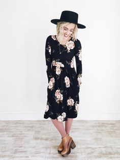 Autumn Floral Dress in Black || ROOLEE
