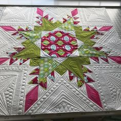 "1,061 Likes, 106 Comments - Teresa Silva (@quiltingismybliss) on Instagram: ""Quilted my #fiercefeatheredstar today!  Pattern is by @threadedquilting Thanks for such a great…"""