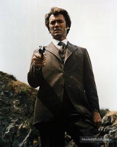 "Clint Eastwood as Det. Harry Callahan in ""Dirty Harry"" Larry Wilcox, Clint Eastwood, Movie Stars, Movie Tv, Peliculas Western, Detective, Films Cinema, Mel Gibson, Sean Connery"