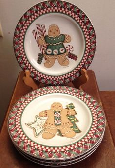Oneida Sakura DEBBIE MUMM SWEET GINGERLAND salad luncheon plates set 4 EUC 8 in #Sakura & Debbie Mumm Holiday Collection - 11