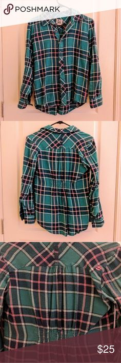 Billabong Fitted Flannel Billabong flannel shirt Size S Ruched in the back which makes for a flattering form-fitting style Sleeves can roll up and button to 3/4 length or be worn unrolled. In great condition with no stains, holes, etc. Green/blue/pink flannel pattern. I love this shirt! It's super cute but it just a bit tight on me in the shoulders now. Billabong Tops Button Down Shirts