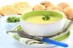 Potato and leek soup is so simple to make that it's in the pot and cooking in just a few minutes in the soup maker. I rarely bother with exotic spices and herbs for basic vegetable soups and… Gourmet Recipes, Soup Recipes, Vegetarian Recipes, Cooking Recipes, Healthy Recipes, Chilli Recipes, Potato Recipes, Veggie Recipes, Easy Recipes