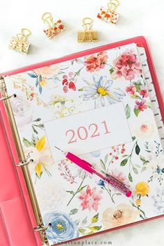 Free printable 2021 calendar. Perfect for a binder or notebook.