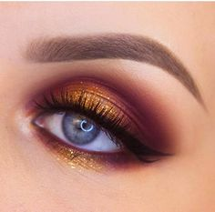 This inspires us to make blending our main form of cardio @syoih came and conquered with this look using the 35F palette