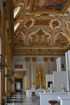 Royal Palace of Caserta, The ThroneHall