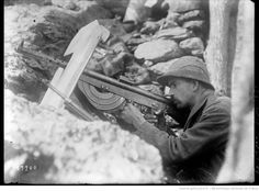 WWI, Serbian soldier manning a Chauchat LMG with a shield. -Flakfire (@FlakfireGaming) | Twitter