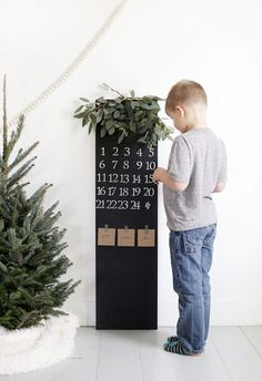DIY Chalkboard Advent Calendar @themerrythought Christmas Crafts, Xmas, Diy Chalkboard, Winter Holidays, Advent Calendar, Projects To Try, Activities, How To Make, Inspiration