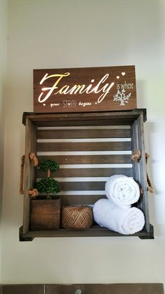 Rustic style laundry room decor  DIY