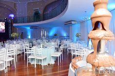 A festa de 15 anos da Duda Todescati foi inspirada na história da princesa da Disney Cinderela. A festa aconteceu em 25/06/16 em Erechim, no Rio Grande do Sul, e a suadecoração contou com muito azul, com estilo delicado e romântico, típico do conto de fadas representado. O salão escolhido para a realização da festa…