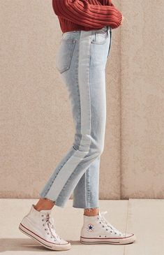 The Jason Blue Mom Jeans by PacSun bring back fashion with their high-rise fit. Made from a rigid fabric, these mom jeans feature contrast striped sides, raw cut step hem, and a classic body. Grunge Outfits, Lila Outfits, Edgy Outfits, Jean Outfits, Cute Outfits, Fashion Outfits, Pacsun Outfits, Office Outfits, Punk Fashion